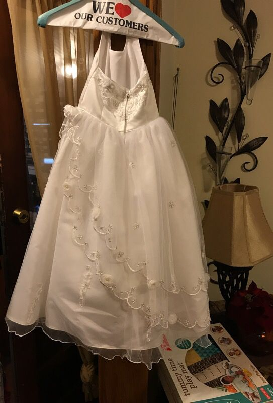 White dress size 4 for any occasion