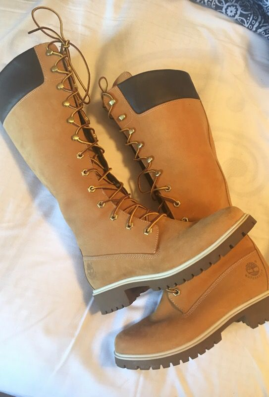 2baf4641523f Women s thigh high Timberland boots size 7 (worn 1once) almost brand new !!  🤗