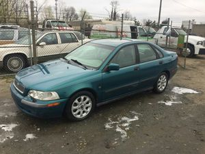 2001 Volvo S40 130k miles runs and Drives!!! for Sale in Fort Washington, MD