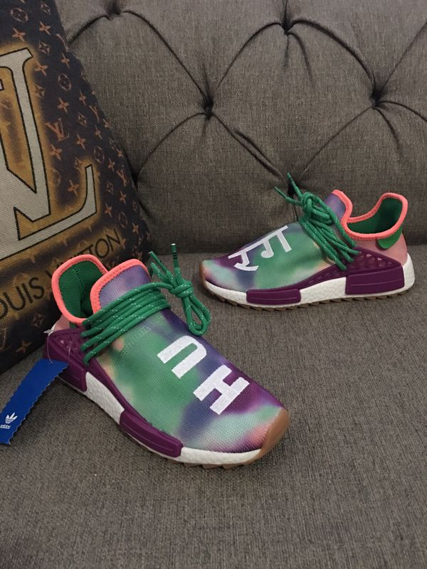 d6ea1e9a405f3 Sneakers nmds women size 6 ONLY for Sale in Miami