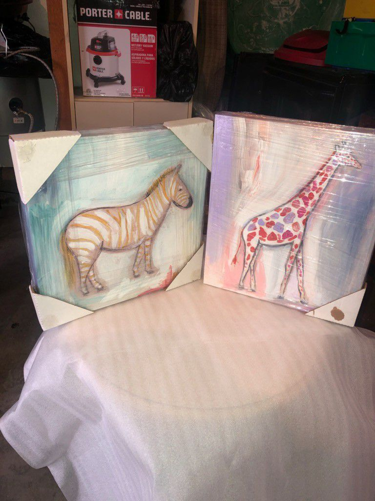 Canvas animal painting