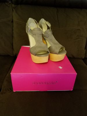 Elegant sexy shoes size 8.5 for Sale in Midlothian, VA