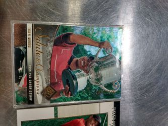 Tiger woods cards lot off 2 Thumbnail