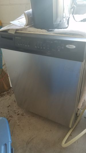 Whirlpool Stainless Steel Dishwasher (needs repair) for Sale in Orlando, FL