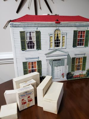 Photo Vintage mid century dollhouse and furniture