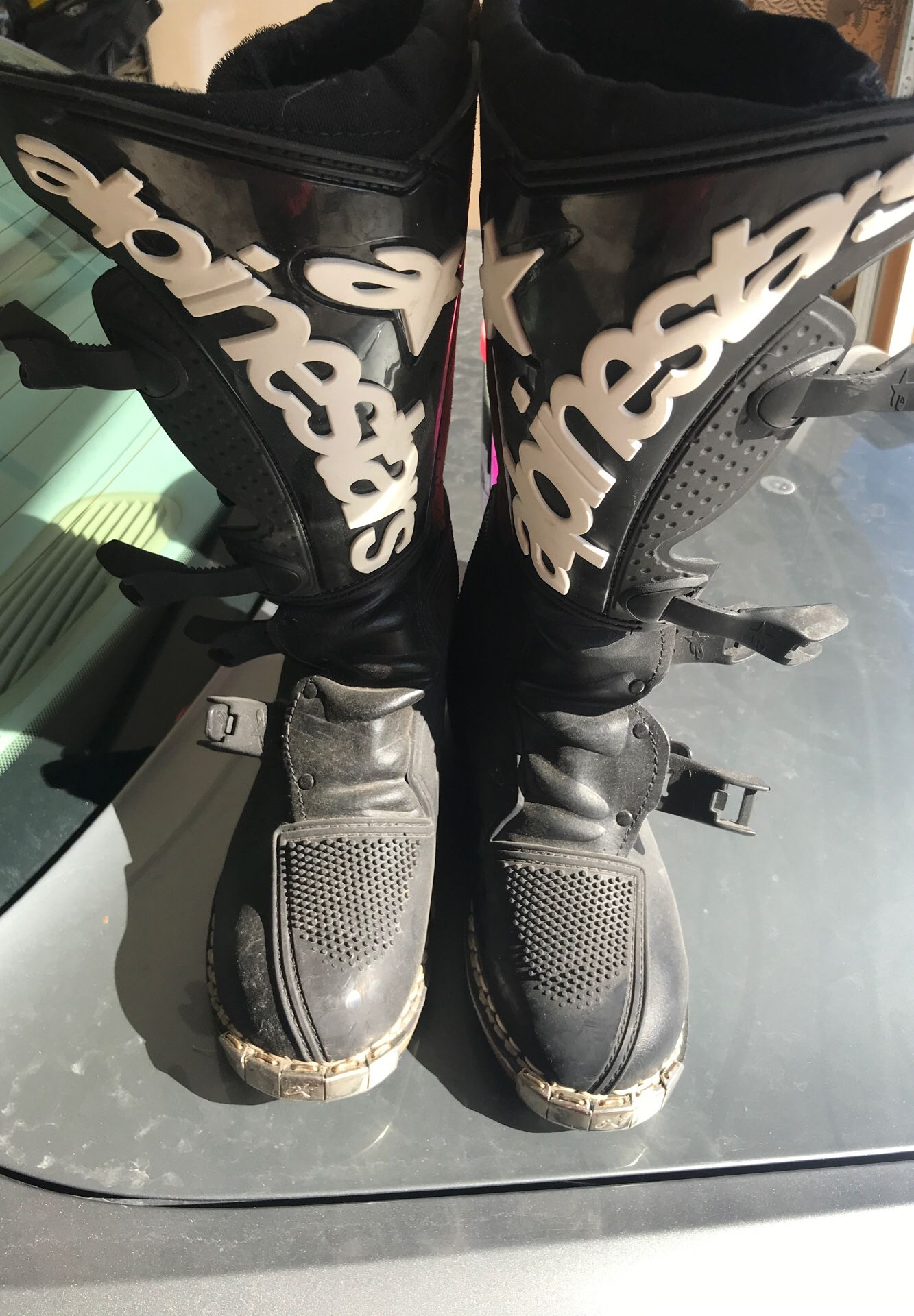 Motocross Boots. Brand new Alpine Star size 7 motocross boots. Mint condition.