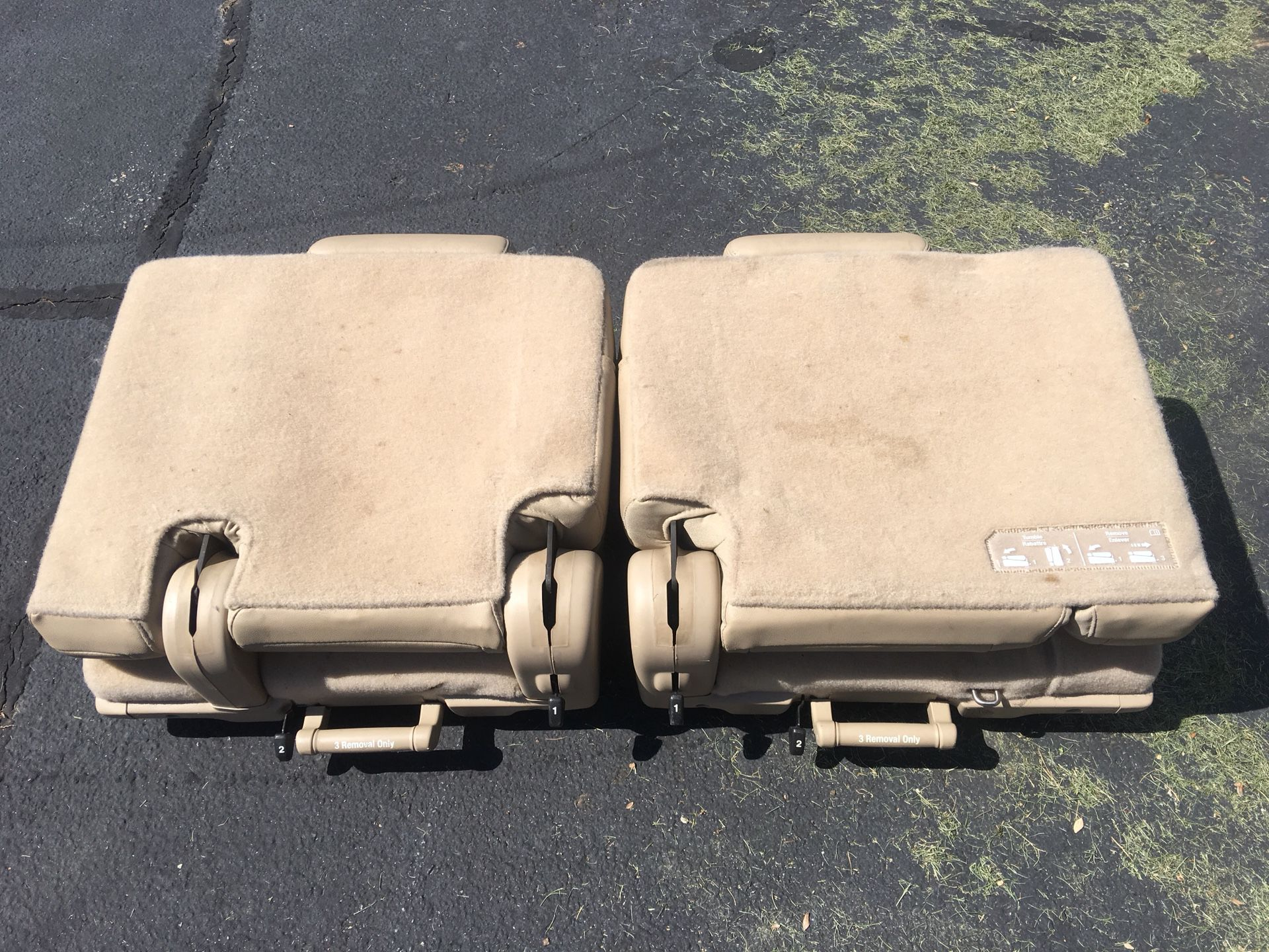 Two factor tan leather third row seats for 2010-2014 Chevy Tahoe