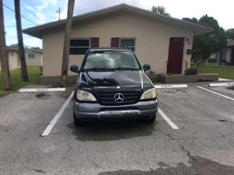 1999 Mercedes-Benz M-Class Thumbnail