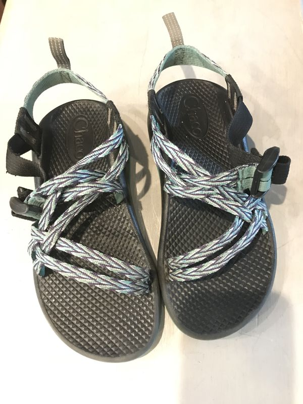76a3944c5c6d Girls Chacos sandals for Sale in Golden