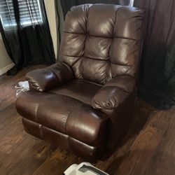 Leather Lazy boy  Thumbnail