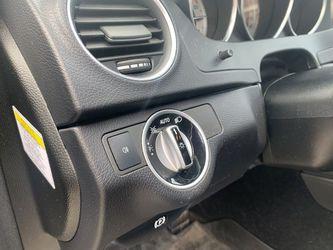 2013 Mercedes-Benz C-Class Thumbnail