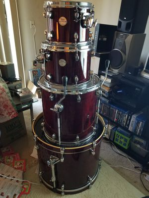 Mapex Meridian Maple 5 piece drum set for Sale in Forest Heights, MD