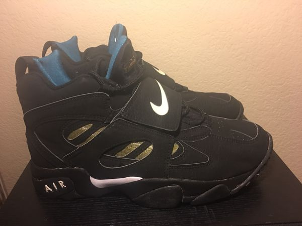 f490bb0594 Nike Air Diamond Turf 2 Size 13 OG Release for Sale in Tracy, CA ...