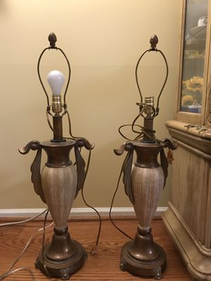Pair of Lamps for Sale in Centreville, VA