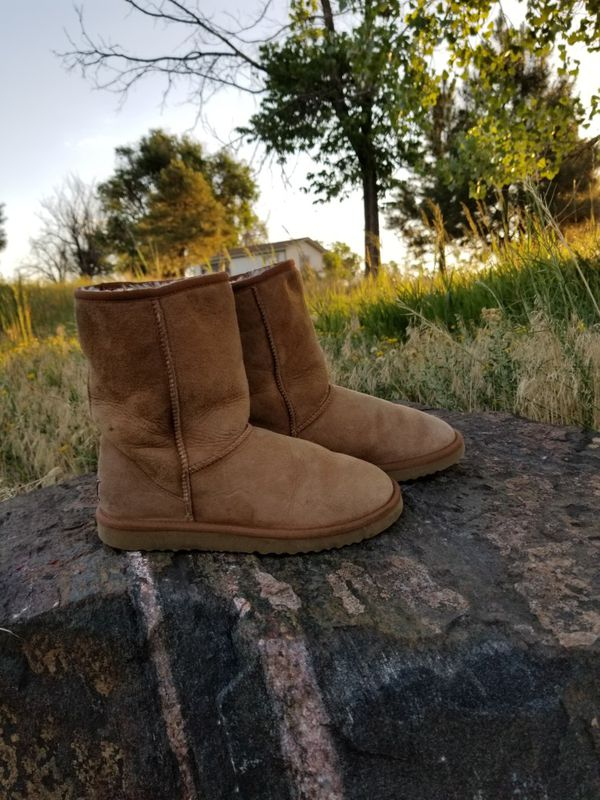 29ee5aa4a8f9 CLASSIC UGG BOOTS CHESTNUT COLOR 8 WIDE for Sale in ...