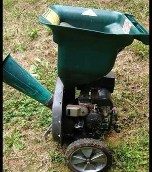 Wood Chipper 6HP works great for Sale in Graham, NC