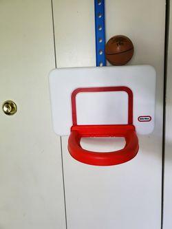 Little tikes attach 'n' play basketball Thumbnail