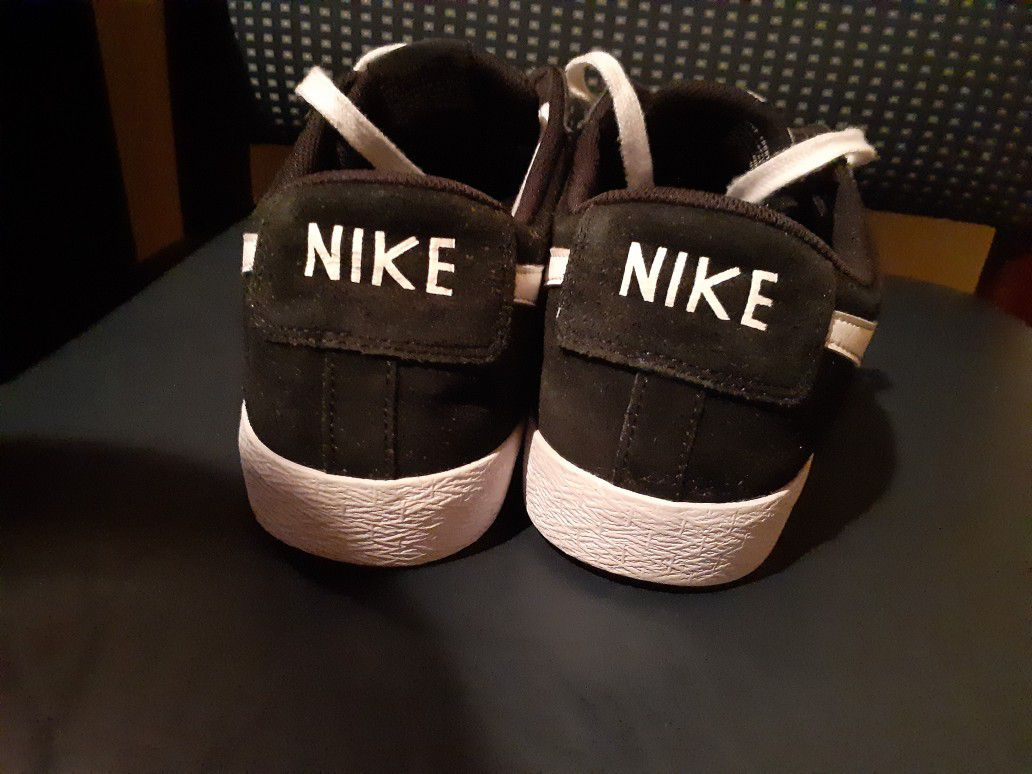 NIKE CHOES GREAT CONDITIONS