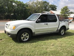 2004 Ford Explorer sport track pickup 4.door crew cab 4x4 fully loaded 1owner for Sale in Gaithersburg, MD