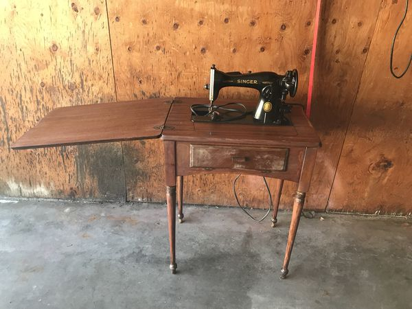Antique 1953 singer sewing machine with cabinet for Sale in Burnsville, MN  - OfferUp