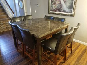 Photo Beautiful square table for 8! Moving and it won't fit in my new place.