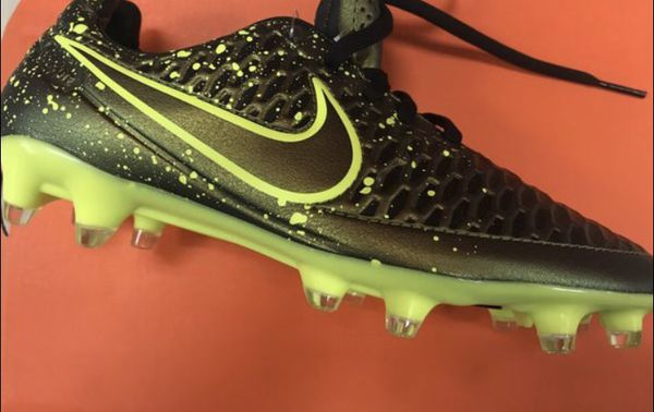 cc8b99dbe18d Nike Soccer cleats Size 12 for Sale in Katy, TX - OfferUp