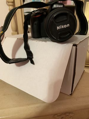 Nixon D5100 Camera for Sale in Delaplane, VA