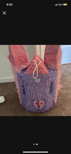 Princess Castle Piñata  Thumbnail