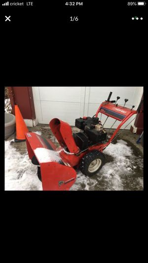 Photo Snowblower Troy built 26 inch 10 hp all metal built to last electric start ready to eat snow