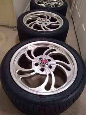 18x10. Rims and tires 5x114 bolt para Nissan toyota Ford for Sale in Manassas, VA