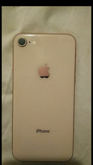 iPhone 8 OFFER UP for Sale in Upper Marlboro, MD