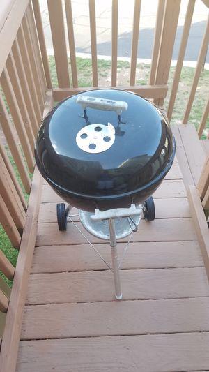 Weber Charcoal grill for Sale in Manassas, VA