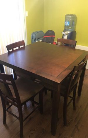 Table for Sale in Upper Marlboro, MD