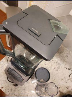 Ninja Professional Blender With 2 Nutri Ninja Smoothie Cups Thumbnail