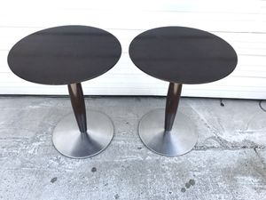 Pair of Allermuir Pedestals Tables for Sale in Detroit, MI
