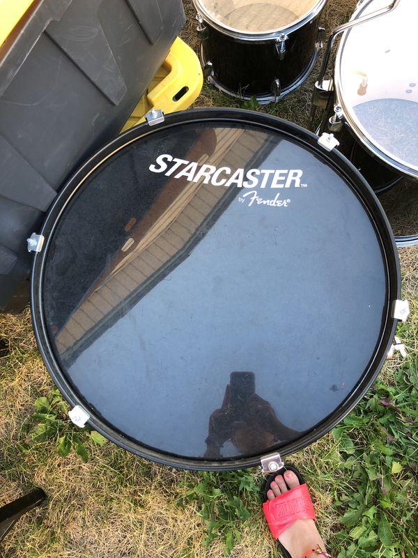 Starcaster by Fender drum set for Sale in Riverton, UT - OfferUp
