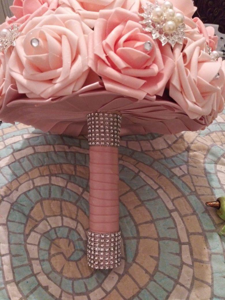 Bridal/quinceanera bouquets