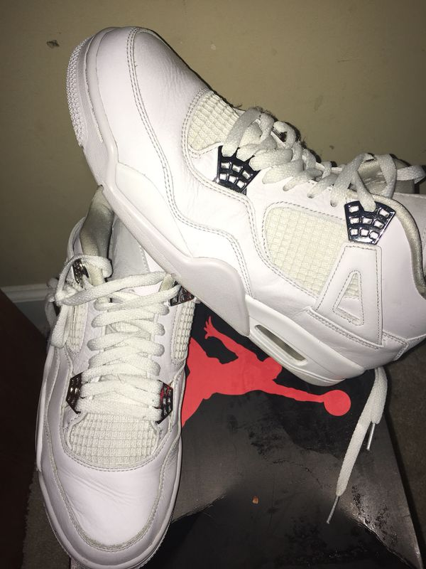 buy online be7bd db10c Air Jordan 4s size 10 for Sale in Zebulon, NC - OfferUp