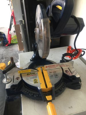 GMC miter saw red eye it's like new for Sale in Kissimmee, FL