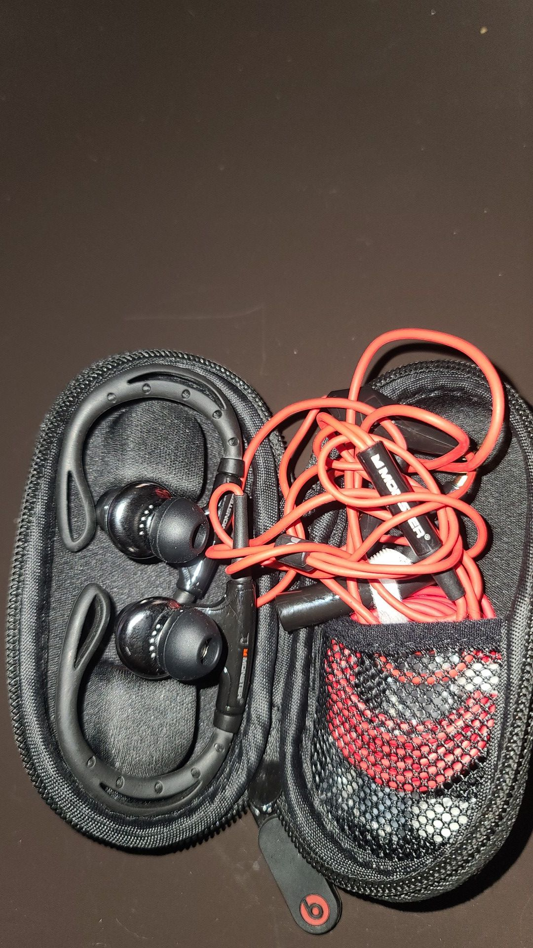 Beats wired earbuds