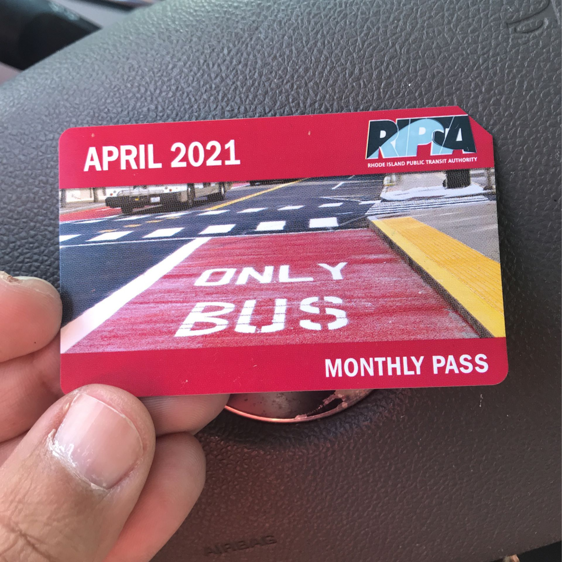 Busspass. unlimited for the month of April