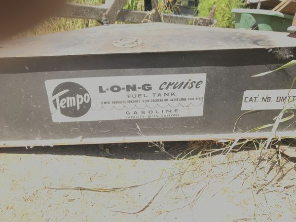 Long cruise boat fuel tank 12 gal for Sale in Tacoma, WA - OfferUp