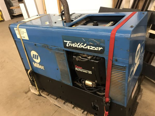 Miller Welder and generator 251 8000 W generator welder trailblazer for  Sale in Andover, MN - OfferUp