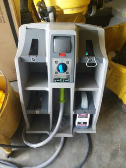 Wall units cleaning systems Thumbnail