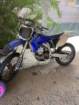 Photo Yamaha dirt bike 450