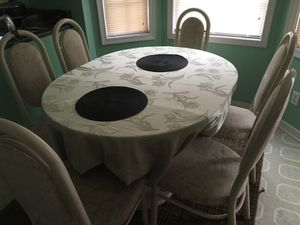 Dining table with 4 chairs for Sale in Richmond, VA