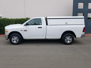 Photo 2011 Dodge Ram 2500 SLT - low miles - Utility Camper Shell