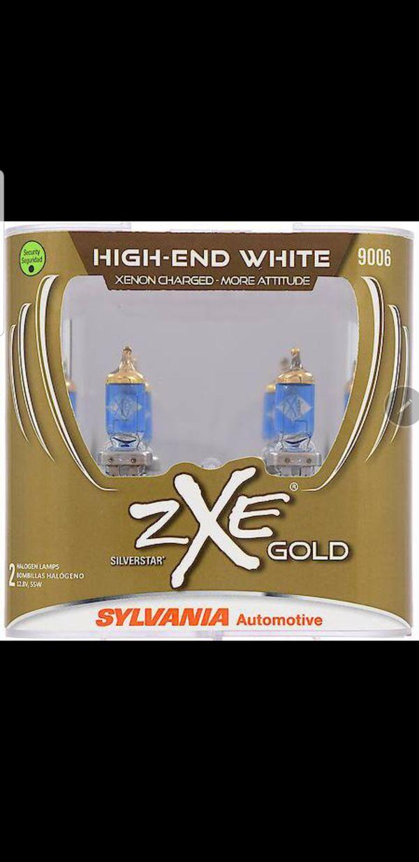 Sylvania 9006 Silverstar Zxe Gold Halogen Bulb Pack Of 2