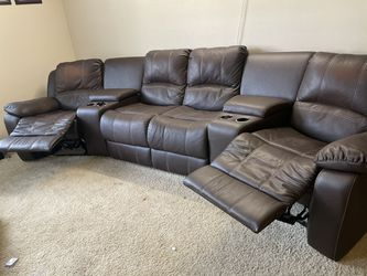 4 Seat Recliner Sofa With console  Thumbnail
