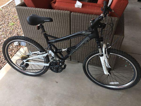 b8016ed18e7 Schwinn s-25 full suspension mountain bike 26in for Sale in Chandler ...